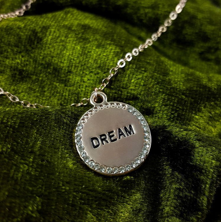 dream1.psd klein.jpg